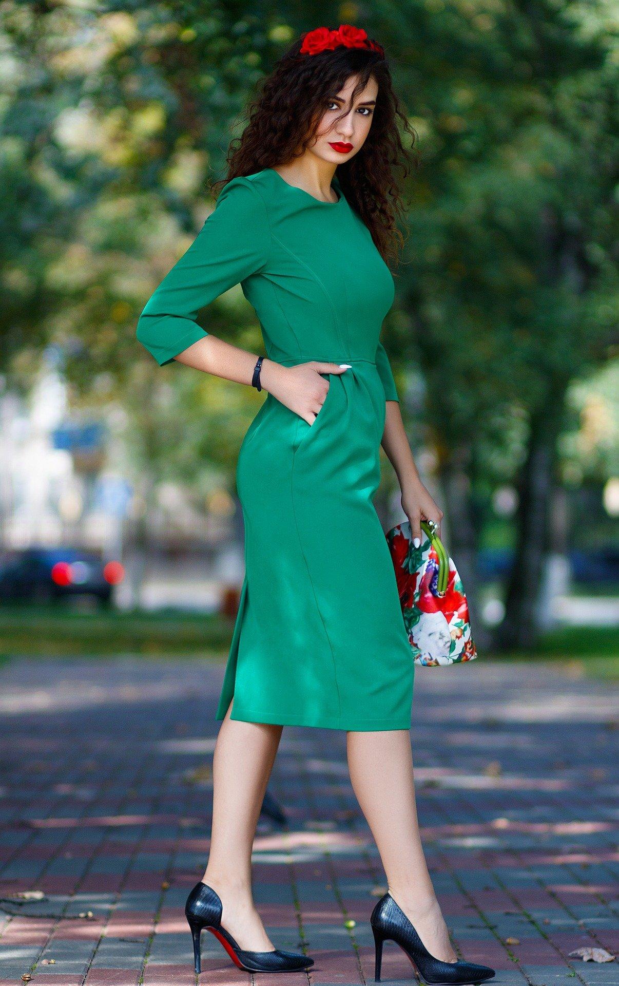 chaussuers avec robe verte