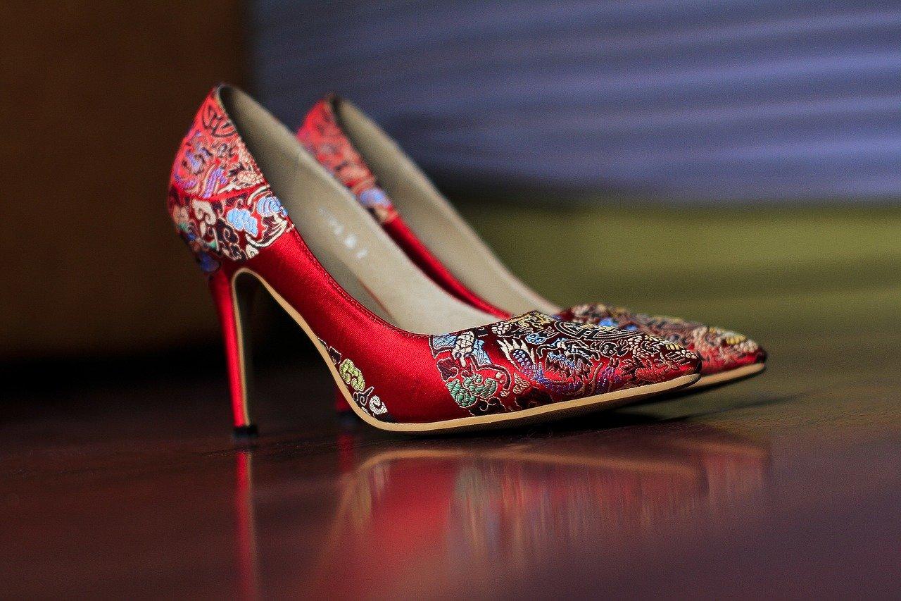 chaussures à talon rouges